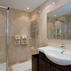 Classic style bathrooms by Gebauer Design Classic
