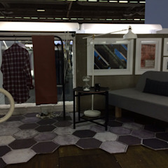Stand Teviz by Polopique Centros de exposições industriais por Q'riaideias Industrial