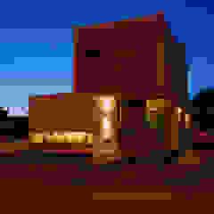 Casa en Manatiales - Casa del músico Yates y jets modernos: Ideas, imágenes y decoración de barqs bisio arquitectos Moderno