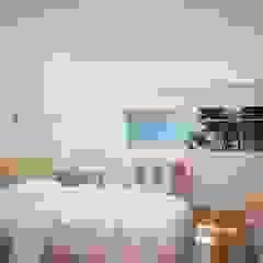 Recámara niña Dormitorios de estilo moderno de Ana Corcuera Interiorismo Moderno