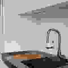 Apartment Porto downtown Modern kitchen by 560 architects Modern