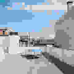 Modern Garden by lluiscorbellajordi Modern