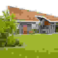 Vaste planten tuin in Houten Scandinavische tuinen van Mocking Hoveniers Scandinavisch