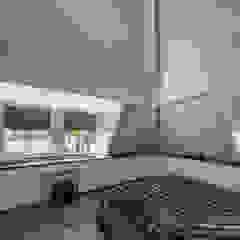 Rustic Chic Villa Rustieke slaapkamers van Medie Interieurarchitectuur Rustiek & Brocante Textiel Amber / Goud