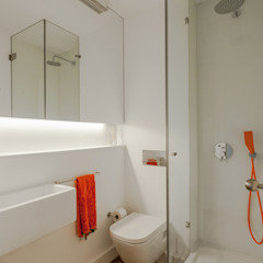 Minimalist style bathroom by Vanessa Santos Silva | Arquiteta Minimalist