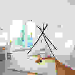Home Staging Bavaria Modern Kid's Room White