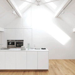 Fürst & Niedermaier, Architekten 現代廚房設計點子、靈感&圖片 木頭 White