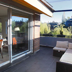 Modern balcony, veranda & terrace by JCandel Modern