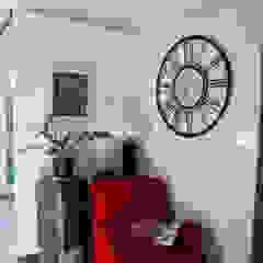 Ruang Keluarga Modern Oleh JCandel Modern
