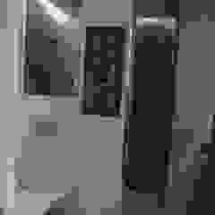 Modern bathroom by JCandel Modern Iron/Steel