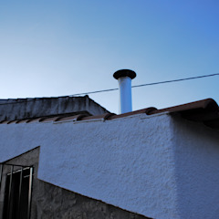 JOÃO SANTIAGO - SERVIÇOS DE ARQUITECTURA Rustic style houses Metal White