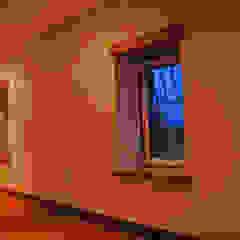 JOÃO SANTIAGO - SERVIÇOS DE ARQUITECTURA Rustic style dining room Ceramic White