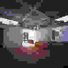 Modern Living Room by AIRアーキテクツ建築設計事務所 Modern