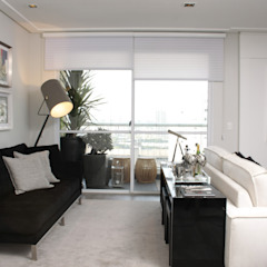 Moderne Wohnzimmer von Fernanda Moreira - DESIGN DE INTERIORES Modern Textil Bernstein/Gold