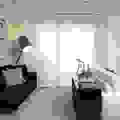 Moderne Wohnzimmer von Fernanda Moreira - DESIGN DE INTERIORES Modern