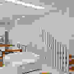 راهرو مدرن، راهرو و راه پله توسط Merlincon Prestes Arquitetura مدرن