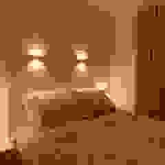 Classic style bedroom by Amanda Fernandes Design de Interiores Classic