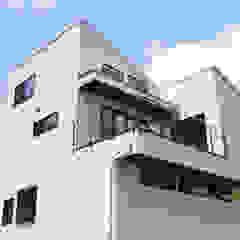 Maisons modernes par 株式会社スタジオ・チッタ Studio Citta Moderne