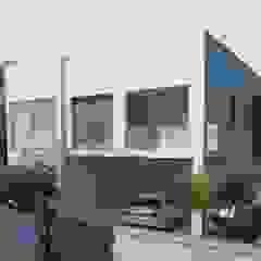 Casas modernas por Murat Aksel Architecture Moderno Granito