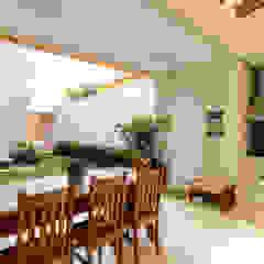 Hiên, sân thượng phong cách hiện đại bởi LAM Arquitetura | Interiores Hiện đại
