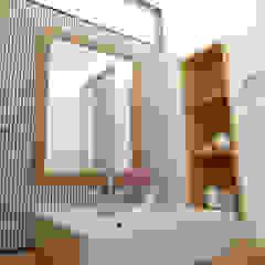 堺市のマンションリノベーション モダンスタイルの お風呂 の 株式会社K's建築事務所 モダン 木 木目調