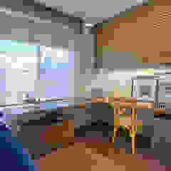 Modern style bedroom by Isabela Canaan Arquitetos e Associados Modern