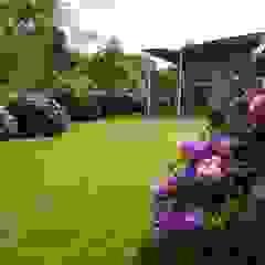 Jardines de estilo minimalista de MK2 international landscape architects Minimalista