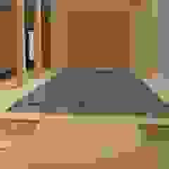 ABAD Y COTONER, S.L. Mediterranean corridor, hallway & stairs