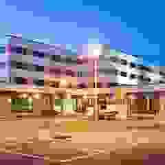 ABAD Y COTONER, S.L. Modern Houses Orange