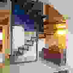 کرجی مدیترانه، راهرو و پله ها توسط Brick Serveis d'Interiorisme S.L. مدیترانه ای
