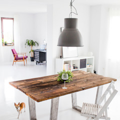 Rustic style dining room by Wichaister Rustic Wood Wood effect