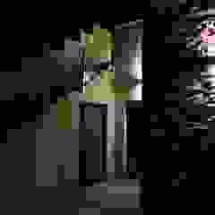 Unifamiliar Nils eans Pasillos, vestíbulos y escaleras de estilo clásico