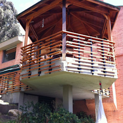 Casas minimalistas por Vertice Oficina de Arquitectura Minimalista Madeira Efeito de madeira