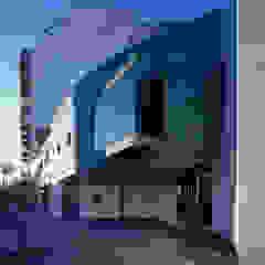 by Brunzini Arquitectos & Asociados Modern