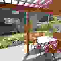 大出設計工房 OHDE ARCHITECT STUDIO Rustic style balcony, veranda & terrace