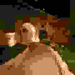 Muhittin Toker evi Öncesi ve Sonrası Rustik Balkon, Veranda & Teras Kayakapi Premium Caves - Cappadocia Rustik