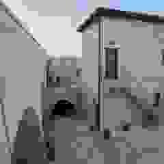 Kuşçular Konağı Öncesi Ve Sonrası Rustik Balkon, Veranda & Teras Kayakapi Premium Caves - Cappadocia Rustik