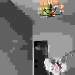 Las Villas Eventos Pasillos, vestíbulos y escaleras modernos de VIVAinteriores Moderno