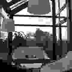 Jardins de inverno coloniais por Pracownia Projektowa Architektury Krajobrazu Januszówka Colonial