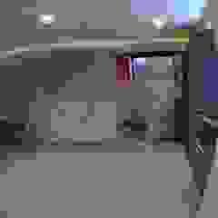 Construcciones, Remodelaciones y Proyectos Kobol, C.A Modern Media Room Grey