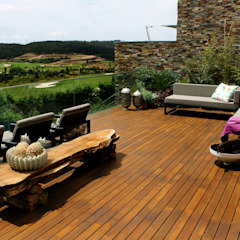 Mediterranean style balcony, porch & terrace by ACTUAL SOLUCÕES Mediterranean