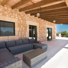 Balcones y terrazas rústicos de ISLABAU constructora Rústico