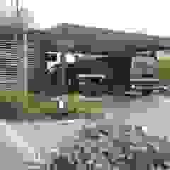 Garajes de estilo clásico de Irene Alberts Landschaftsarchitektin Clásico Metal