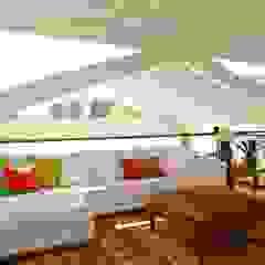 Projeto Residencial - Manguinhos, Búzios Salas multimídia tropicais por Mônica Gervásio Arquitetura & Design Tropical
