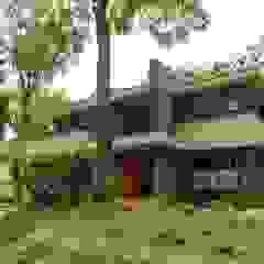STROOM architecten Moderne Häuser Stein Grau