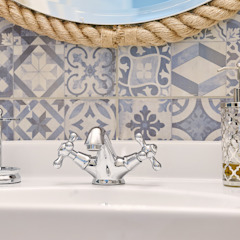 Eclectic style bathroom by DreamHouse.info.pl Eclectic