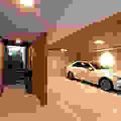 Garajes modernos de THE JK Moderno