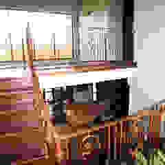 Casa Rokx, Willemstad Curaçao Tropische woonkamers van architectenbureau Aerlant Cloin BNA Tropisch