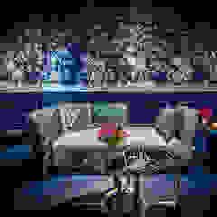 Blue Corridor Klassieke gangen, hallen & trappenhuizen van Ethnic Chic - Home Couture Klassiek