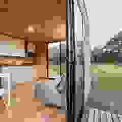 VIMOB Balcones y terrazas de estilo moderno de COLECTIVO CREATIVO Moderno